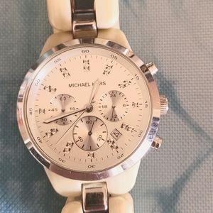 Michael Kors chronograph horn watch